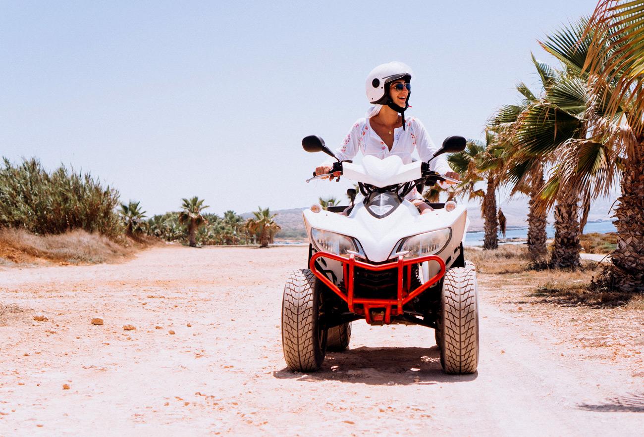 موتور سواری در کیش